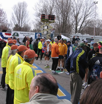 Runners with disabilities prepare to start